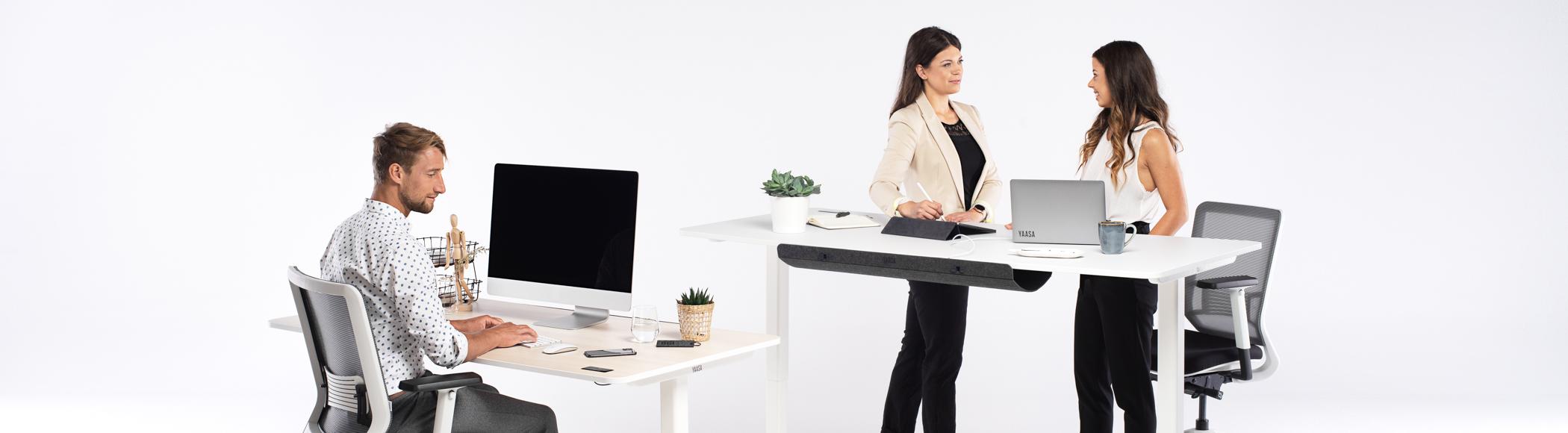 Ein mit Yaasa ausgestattetes Büro ist Voraussetzung für eine ergonomische, gesunde und produktive Arbeitsweise.
