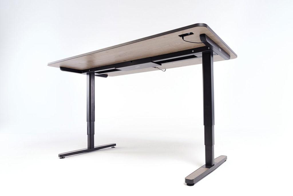 Die einzigartige Technologie des Yaasa Desk ermöglicht die Nutzung von vielen, smarten Zusatzfunktionen.